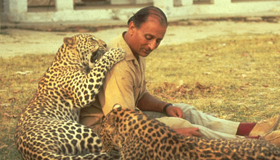 Billy Arjan Singh with Leopard
